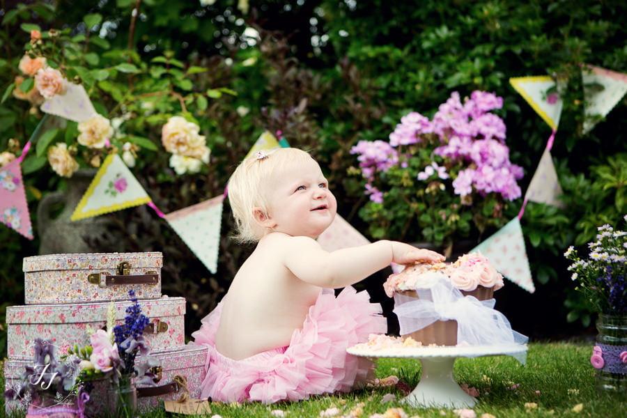 Poppy's 1st birthday cake smash