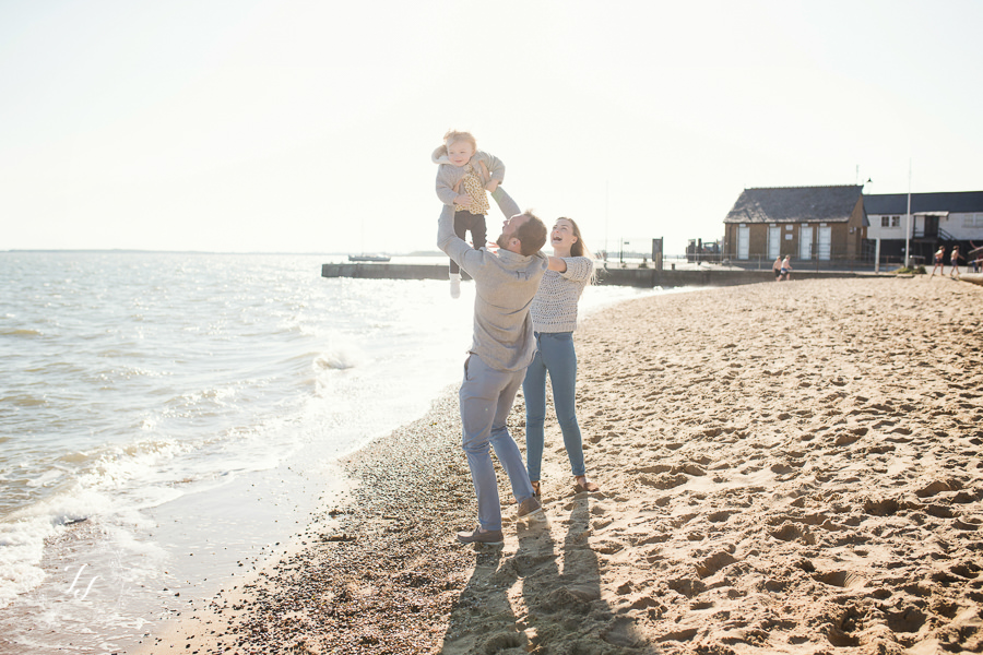03_Leigh_On_Sea_family_photographyAD8Z0336