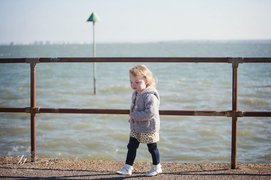 08_Leigh_On_Sea_family_photographyAD8Z0185