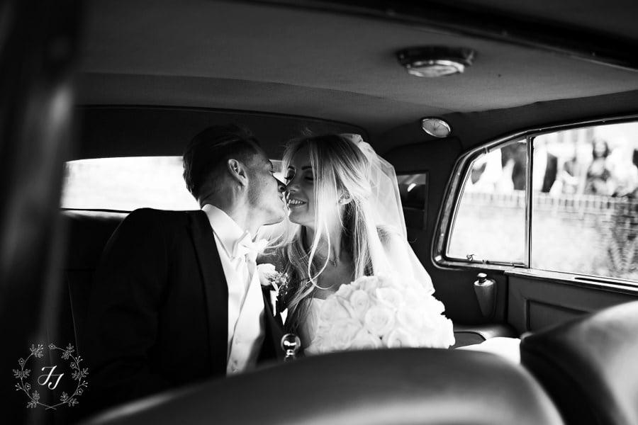 Gosfield_Hall_wedding_photography_057