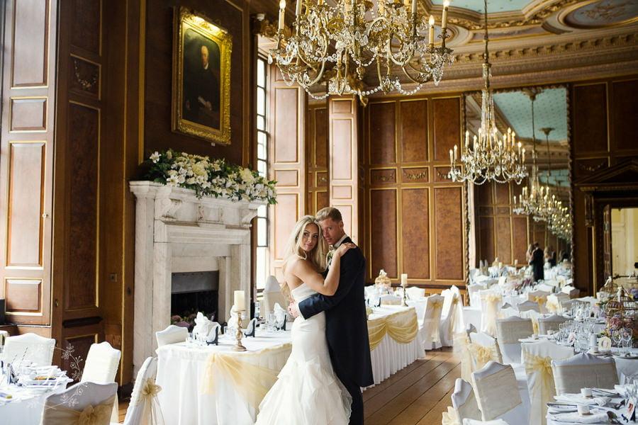 Gosfield_Hall_wedding_photography_086