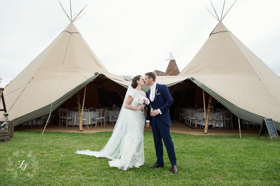 Tipi_wedding_in_vineyard_064