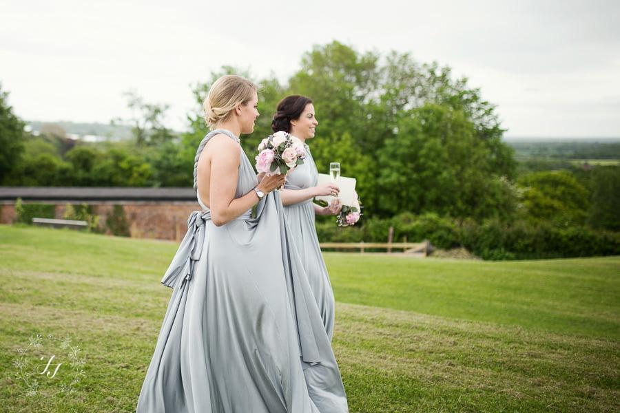Tipi_wedding_in_vineyard_065