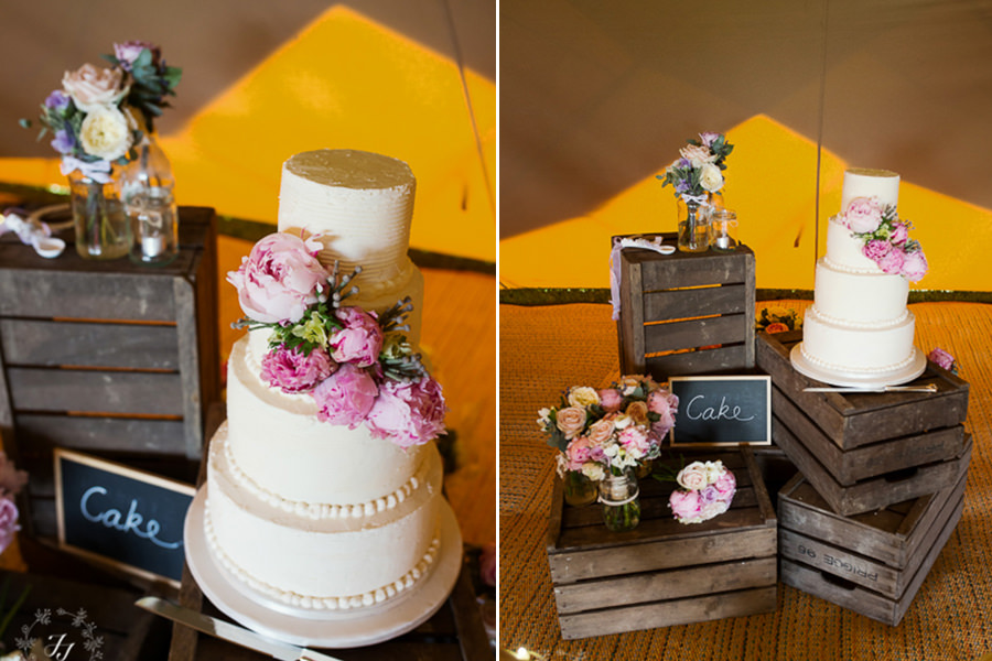 Tipi_wedding_in_vineyard_089