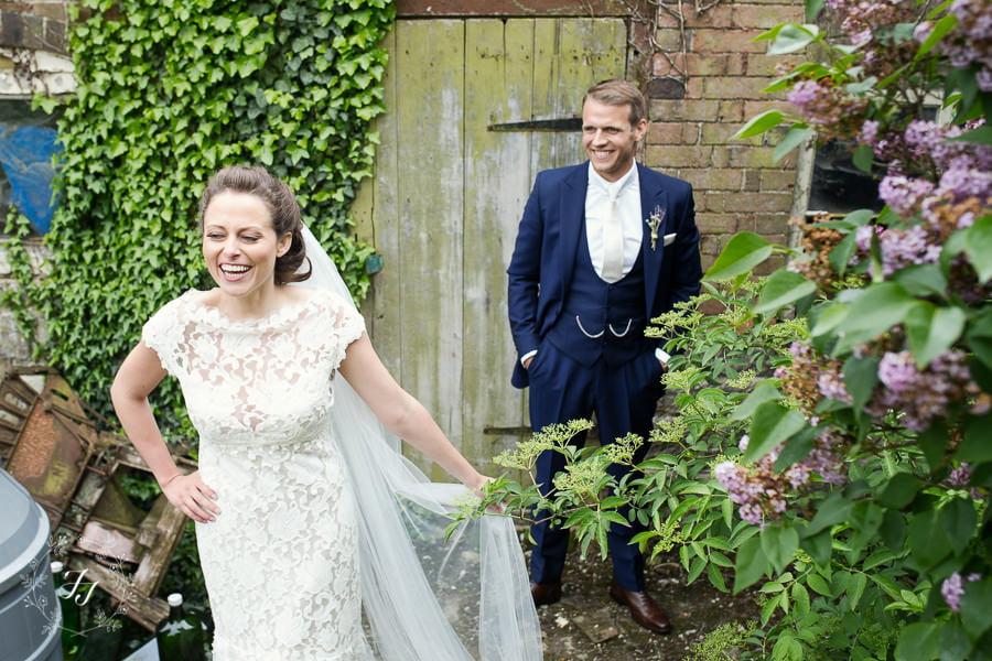 Tipi_wedding_in_vineyard_090
