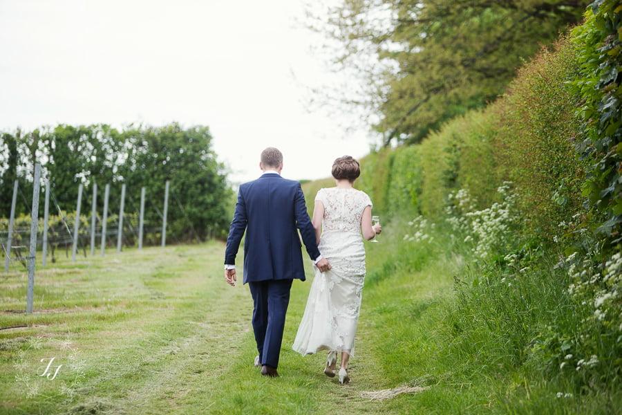 Tipi_wedding_in_vineyard_095