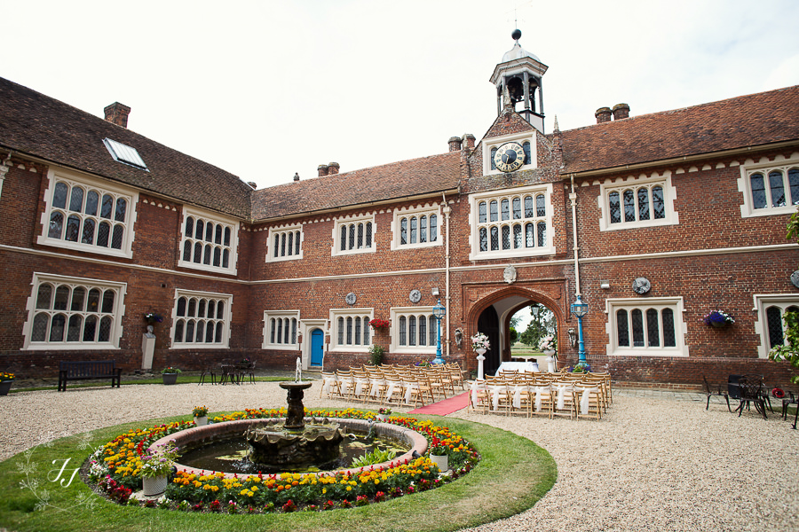 Gosfield_Hall_Wedding_Photography003