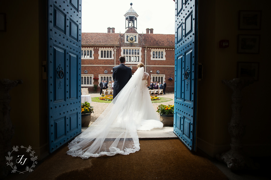 Gosfield_Hall_Wedding_Photography048