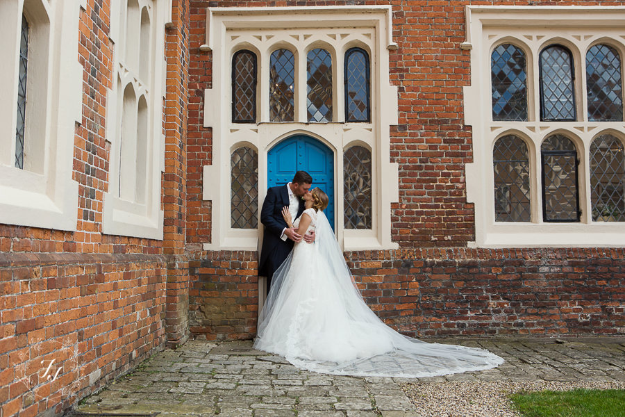 Gosfield_Hall_Wedding_Photography071