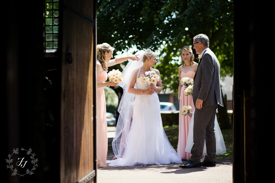 Great_Lodge_Wedding_photographer_099