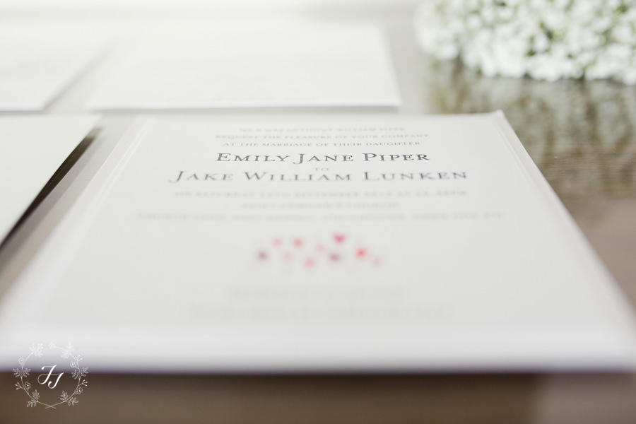 Mersea_Hall_Wedding_photographer_004