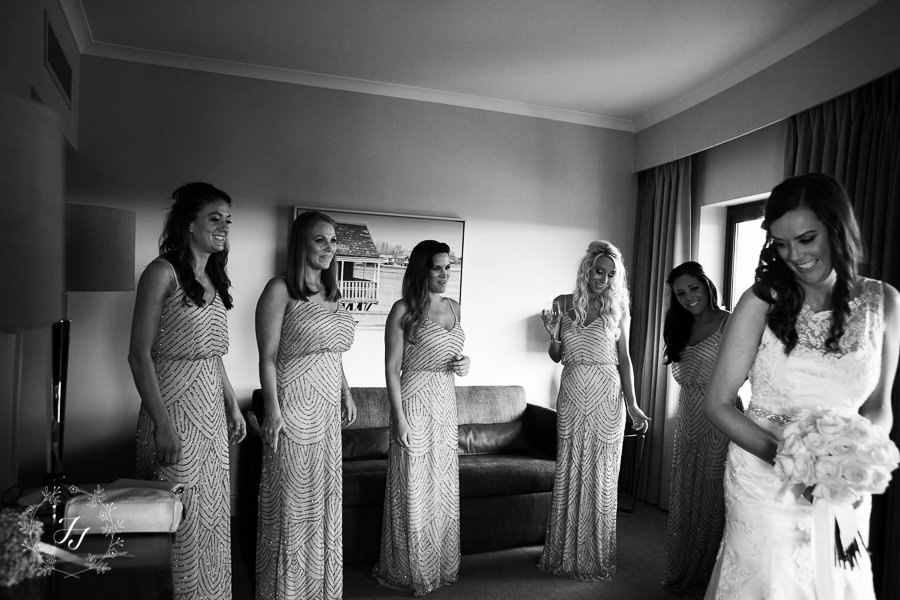 Mersea_Hall_Wedding_photographer_011
