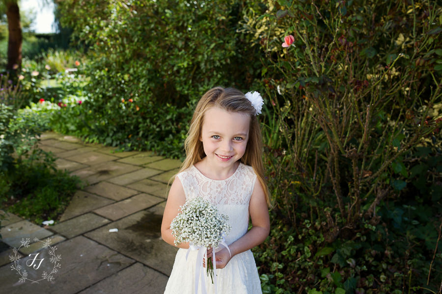 Mersea_Hall_Wedding_photographer_018