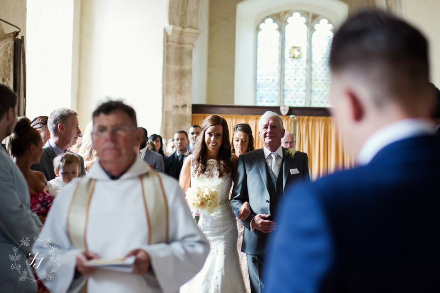 Mersea_Hall_Wedding_photographer_023