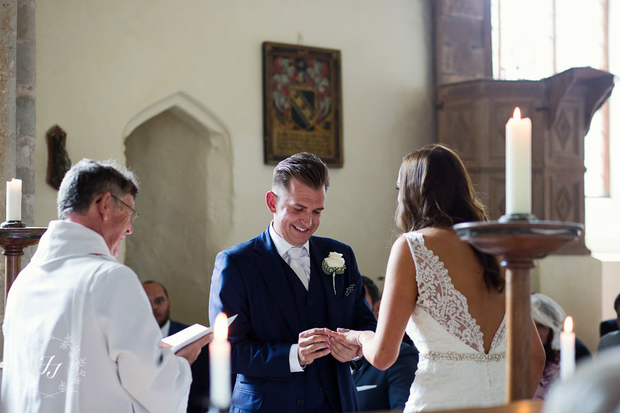 Mersea_Hall_Wedding_photographer_026
