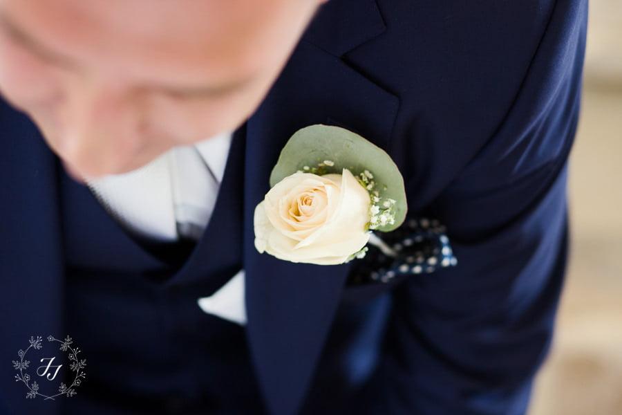 Mersea_Hall_Wedding_photographer_030