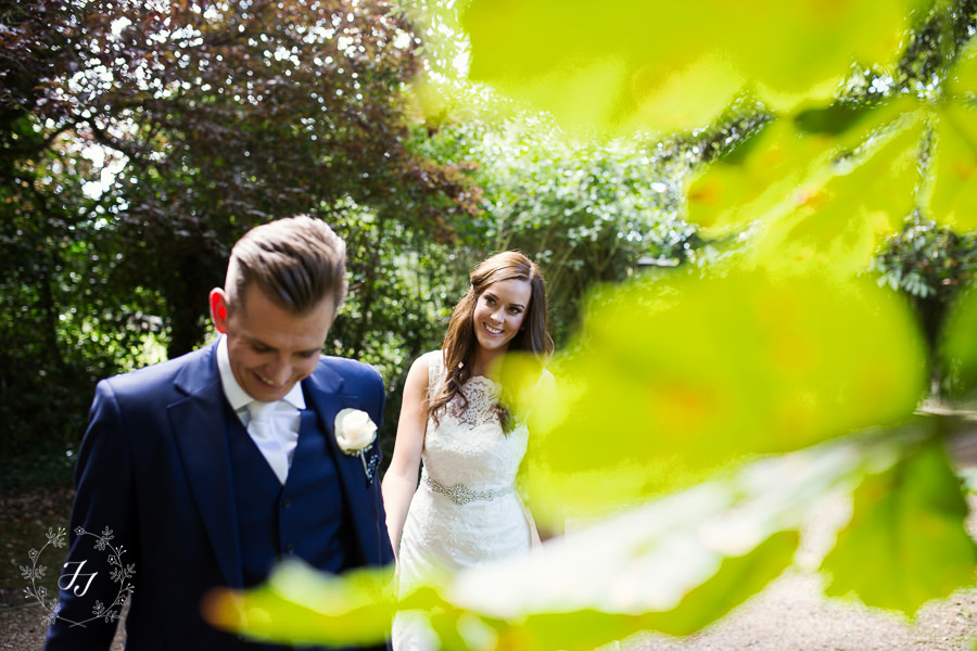 Mersea_Hall_Wedding_photographer_038
