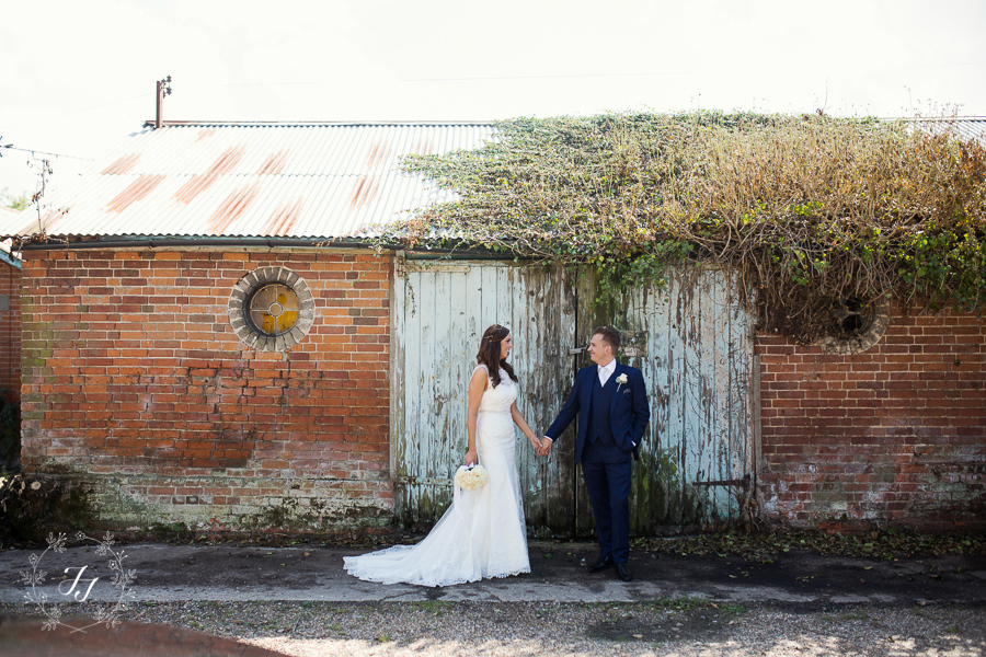 Mersea_Hall_Wedding_photographer_040