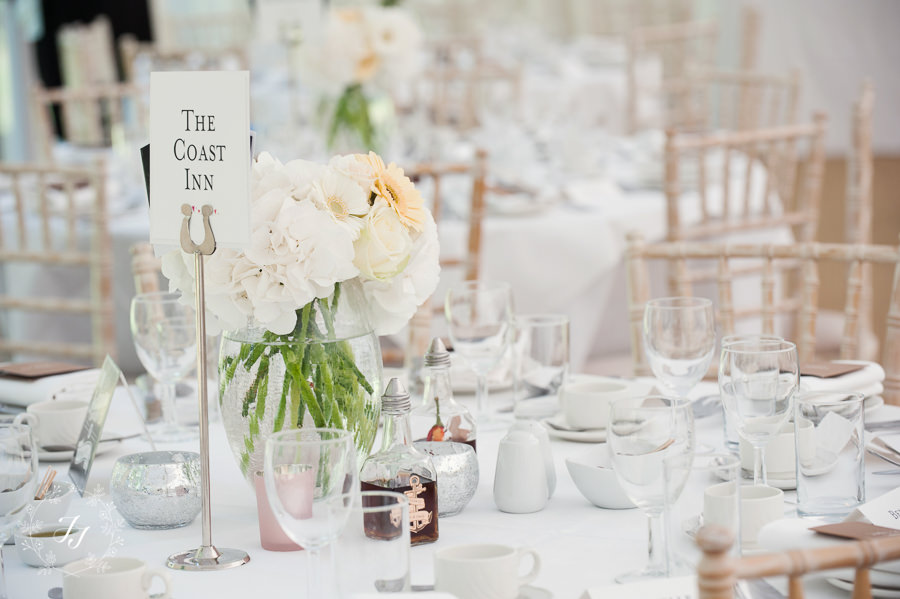 Mersea_Hall_Wedding_photographer_075