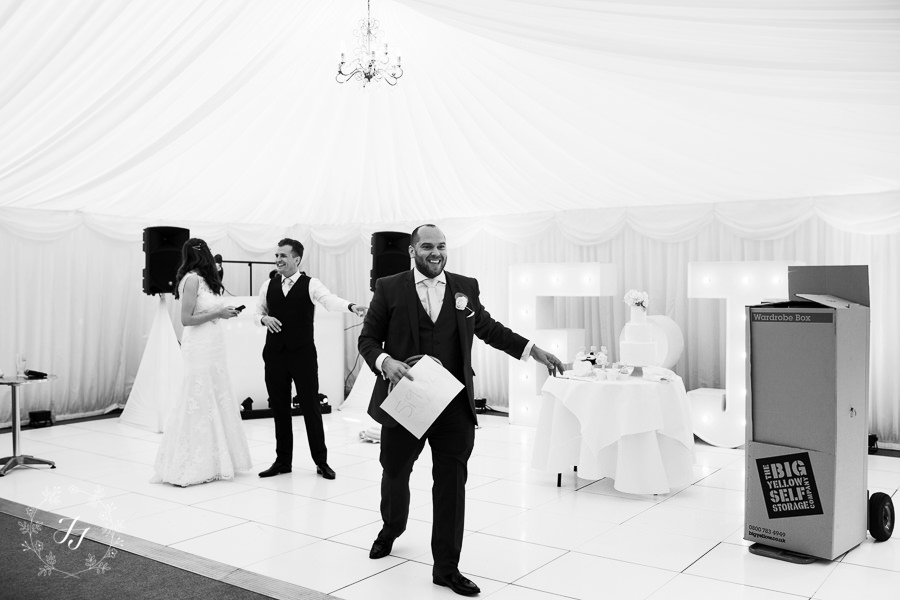 Mersea_Hall_Wedding_photographer_078