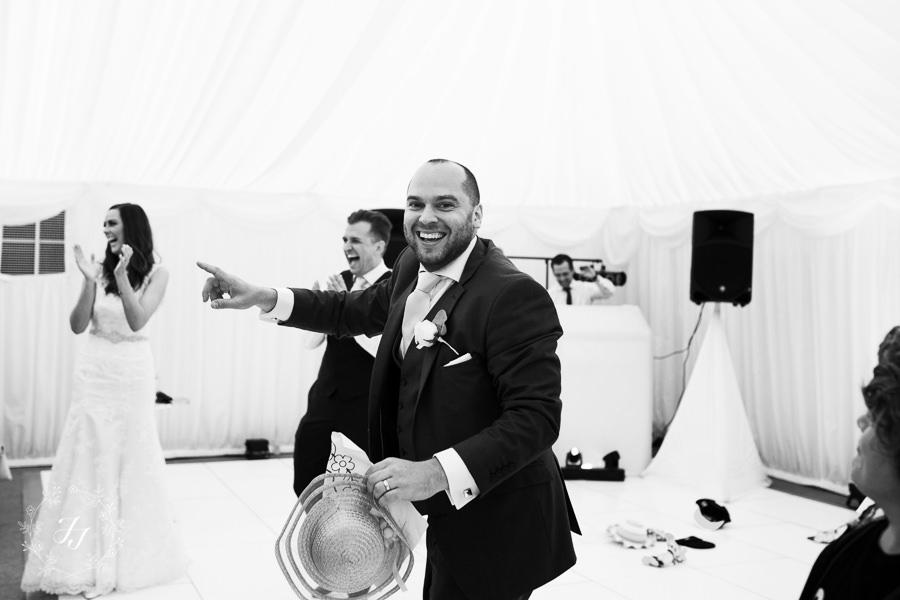 Mersea_Hall_Wedding_photographer_082