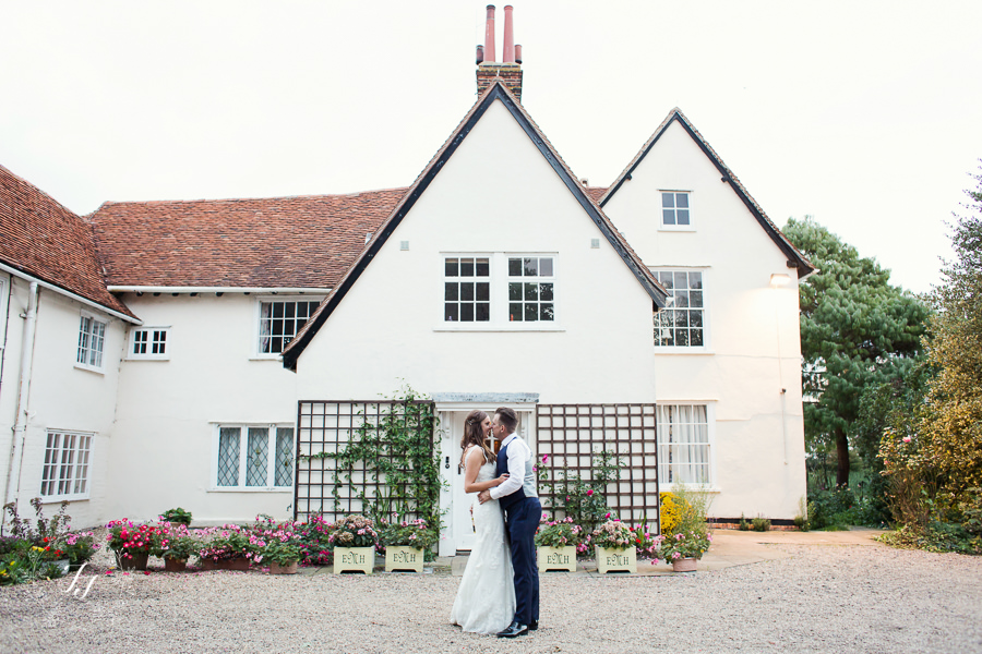 Mersea_Hall_Wedding_photographer_091