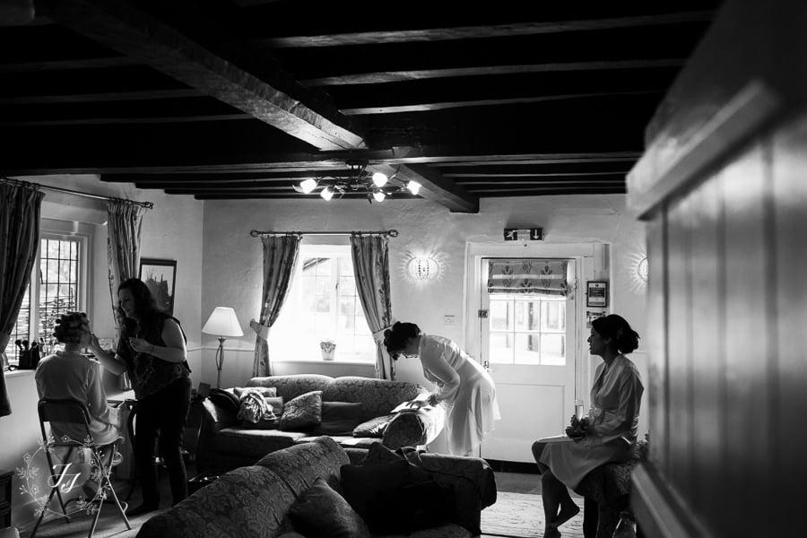 Caroline_Matthew_wedding_at_leez_priory_chelmsford_007