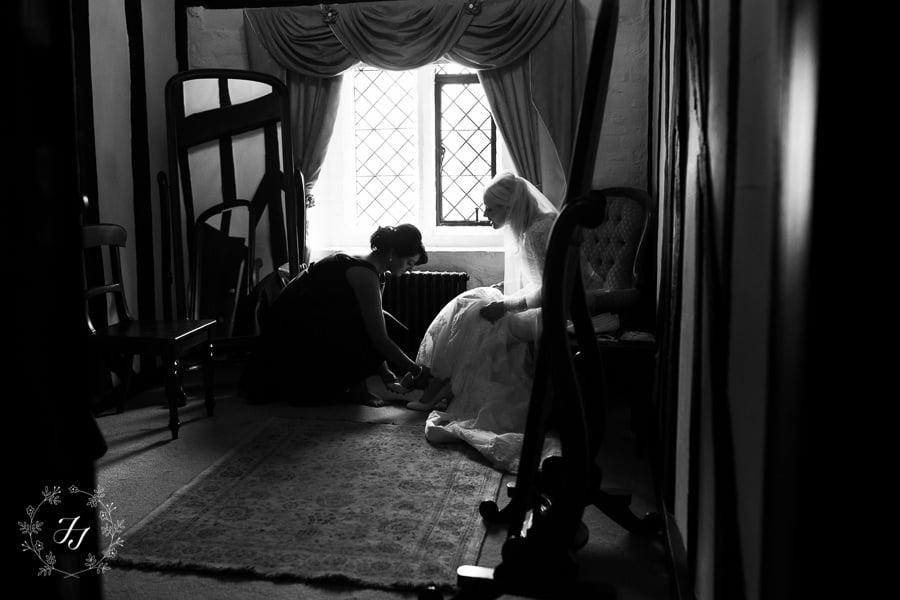 Caroline_Matthew_wedding_at_leez_priory_chelmsford_018