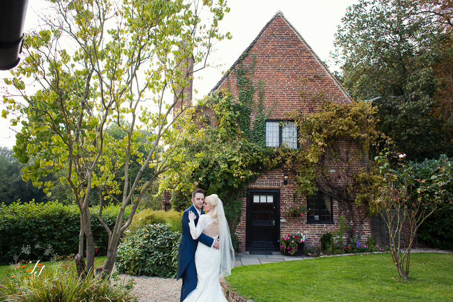 Caroline_Matthew_wedding_at_leez_priory_chelmsford_071