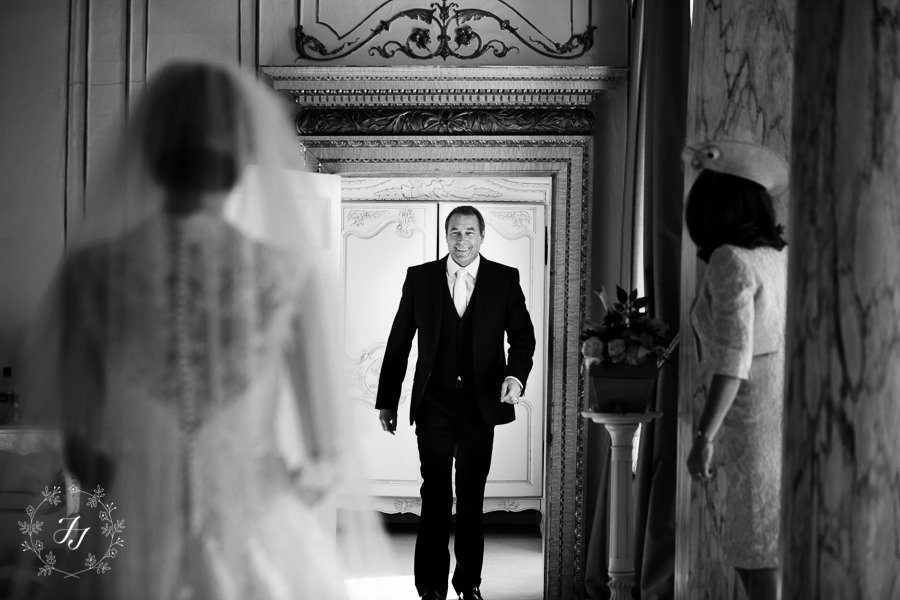 Lois_Graham_wedding_at_Gosfield_Hall_021