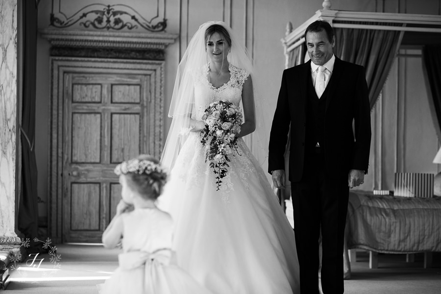 Lois_Graham_wedding_at_Gosfield_Hall_023
