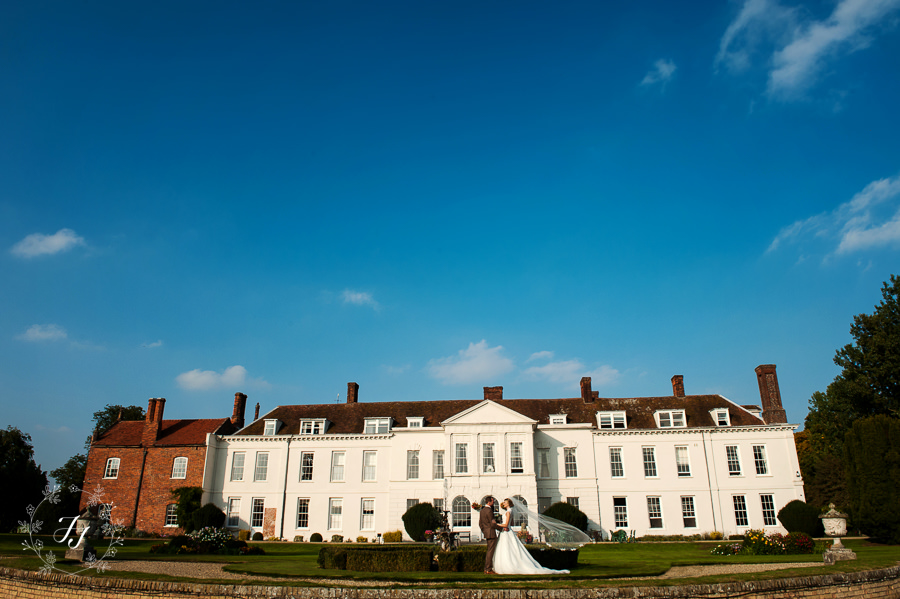 Lois_Graham_wedding_at_Gosfield_Hall_082