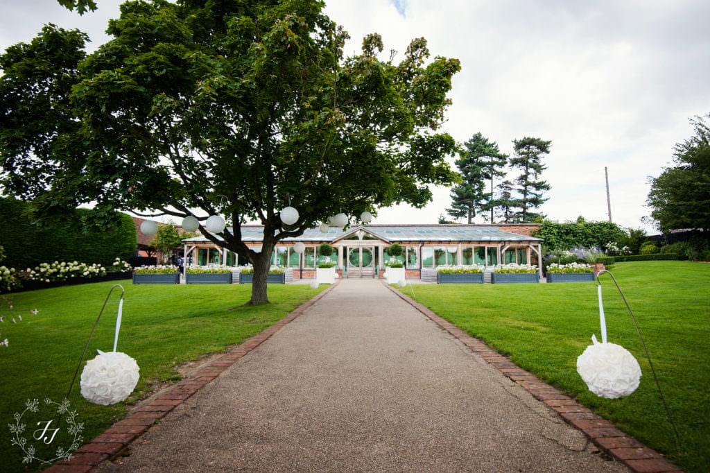 A Classic Wedding at Gaynes Park - Jasmine Jade