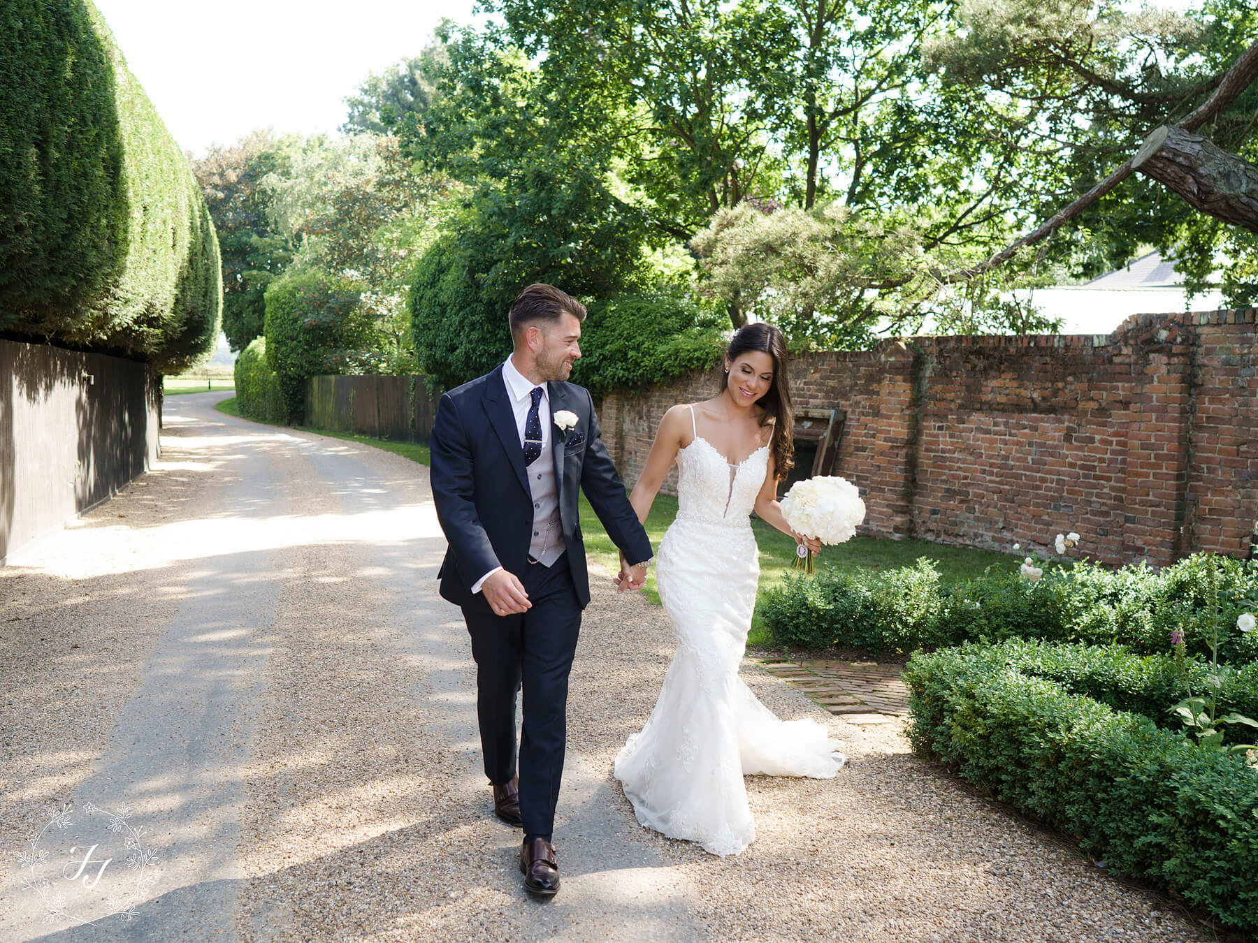 Samantha & Camerons Wedding Photograph