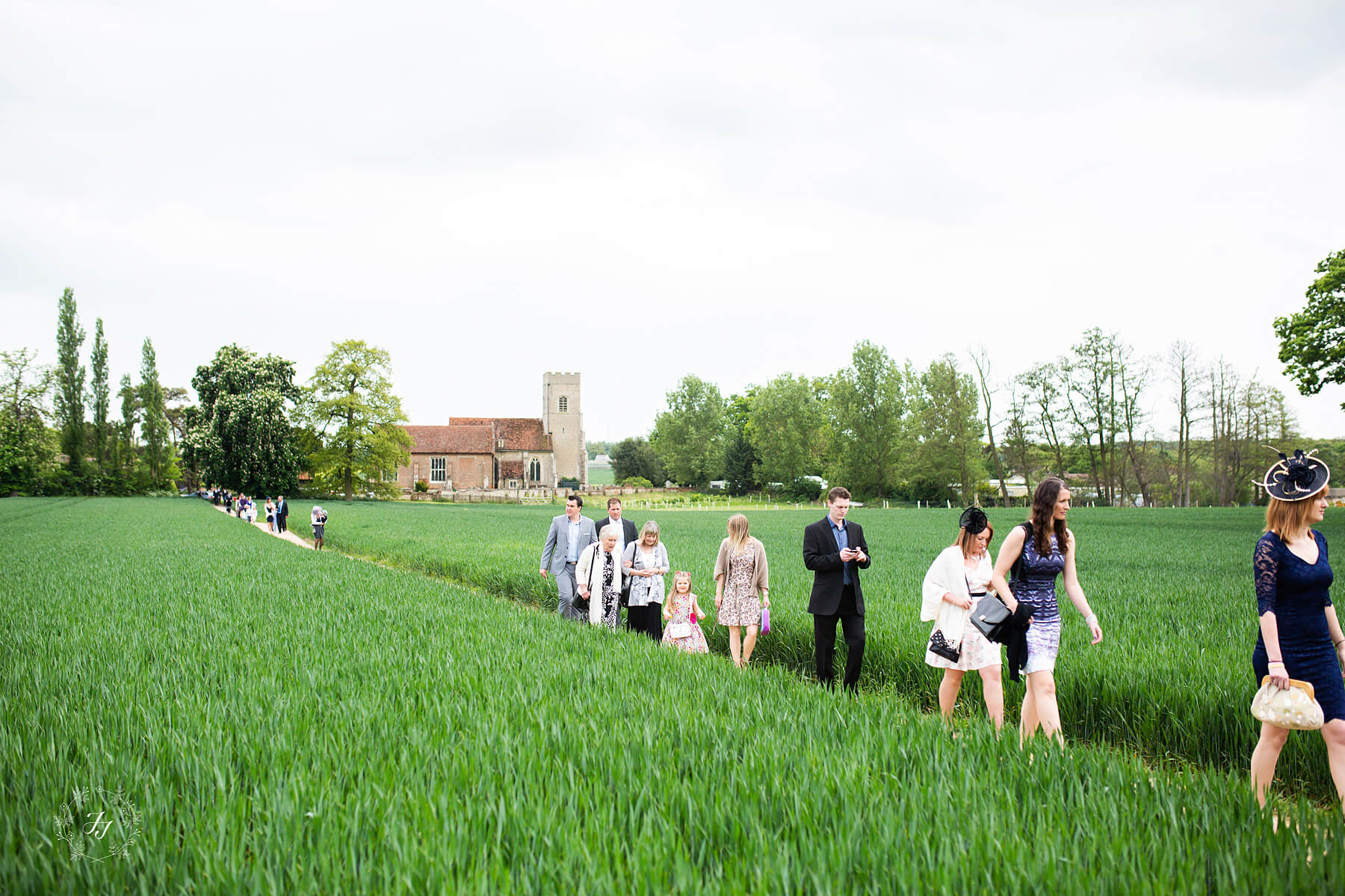 The walk from Gosfield Church to Gosfield Hall