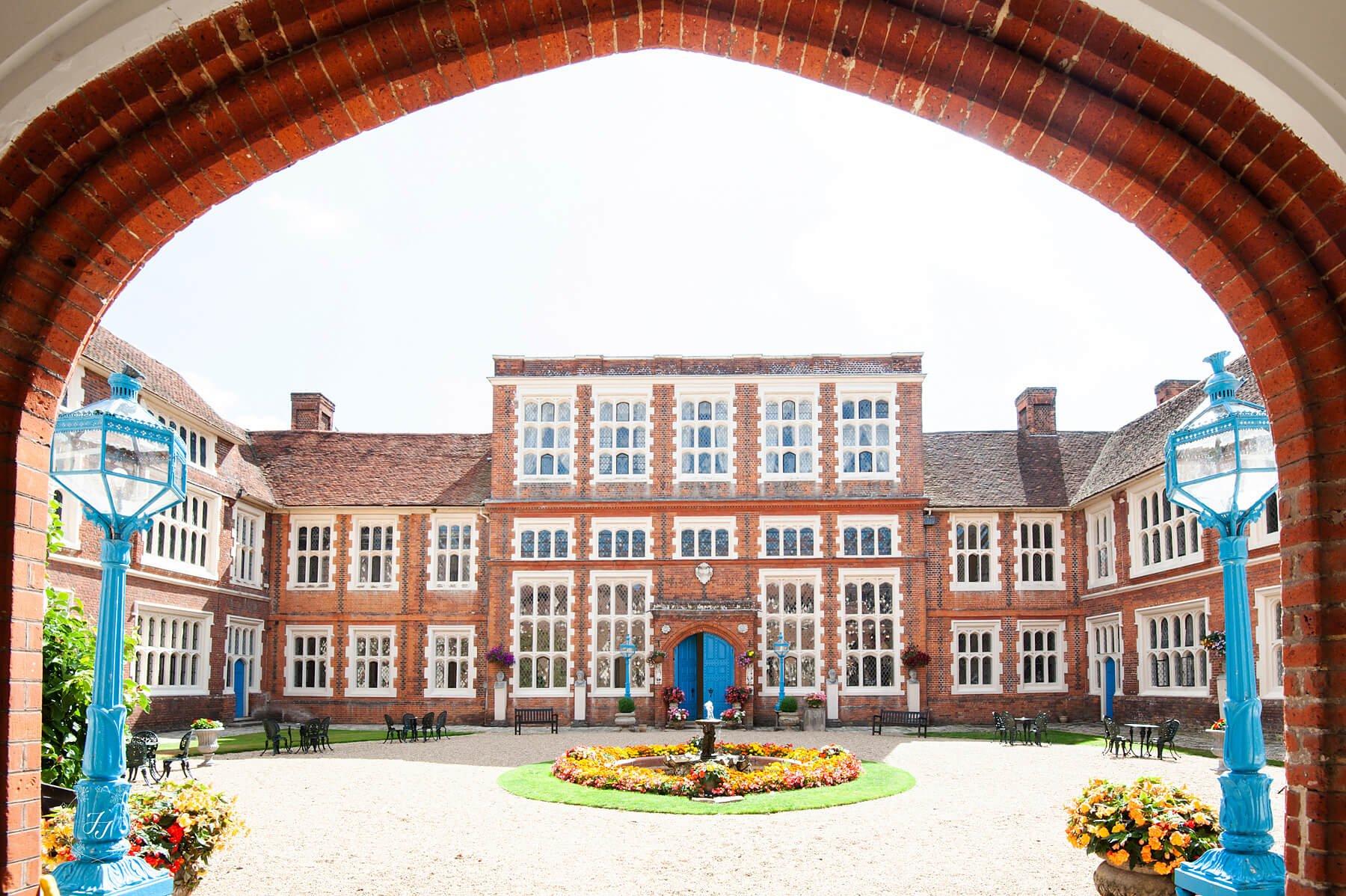 gosfield-hall-courtyard
